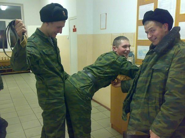 Проверка на гомосексуализм в военкомате