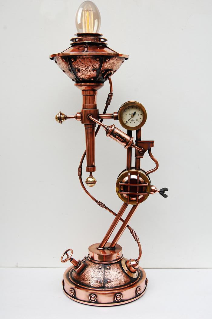 Настольная стимпанк лампа с манометром Хендмейд светильник, Стимпанк светильник, Освещение, Стимпанк, Манометр, Лампа Эдисона, Длиннопост
