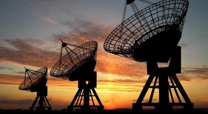 """""""Жужжалка"""". Радио на случай ядерной войны или шпионский канал? Yes Future, Радио, Радиолюбители, Эфир, Ядерная война, Длиннопост"""