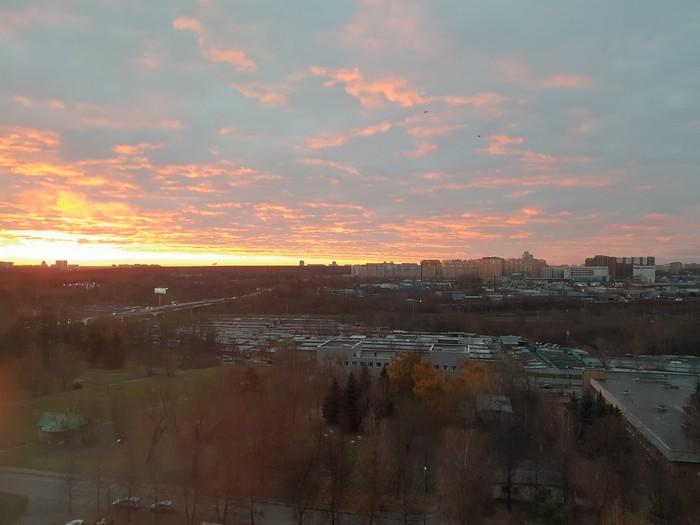 Рассвет в Царицыно