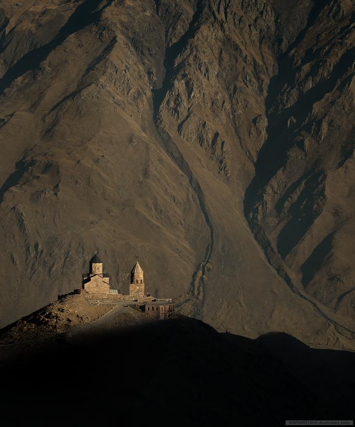 Островок веры Пейзаж, Грузия, Горы, Церковь
