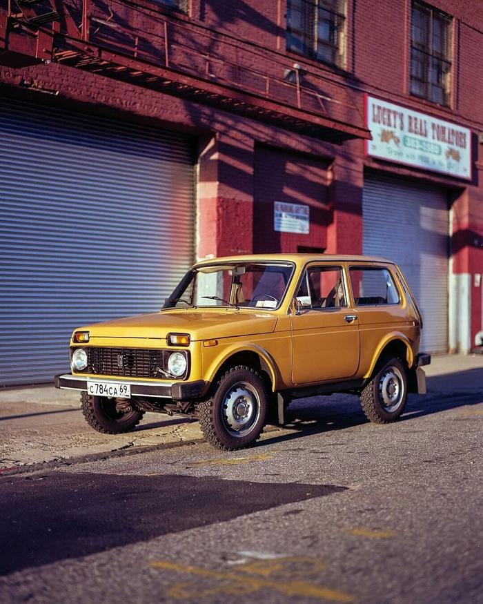 Нива 1983 года в Нью-Йорке Нива, США, Плёнка, Длиннопост, ВАЗ 2121, Нью-Йорк, Фотография