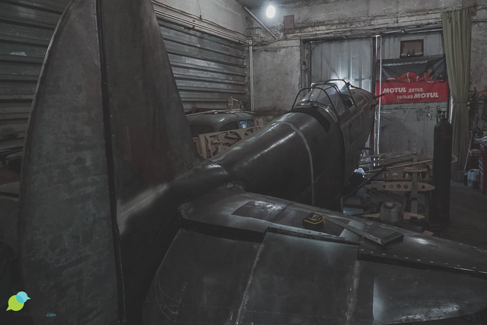 Мужчина собирает цельнометаллический истребитель Як-3 в гараже Моделизм, Техника, Авиации, Великая Отечественная война, Челябинск, Длиннопост