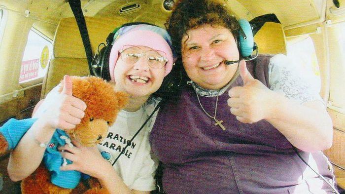 Девушка в инвалидной коляске говорила, что она была тяжело больна. Только после жестокого убийства её матери правда выплыла на поверхность Жесть, Длительное воздержание, Отношения родителей и детей, Психическое расстройство, Убийство, США, Длиннопост