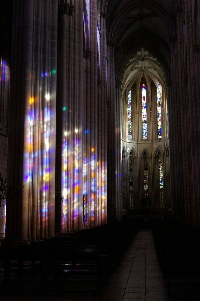 Цветной свет Монастырь, Португалия, Фотография, Витраж, Готика, Храм, Свет, Радуга