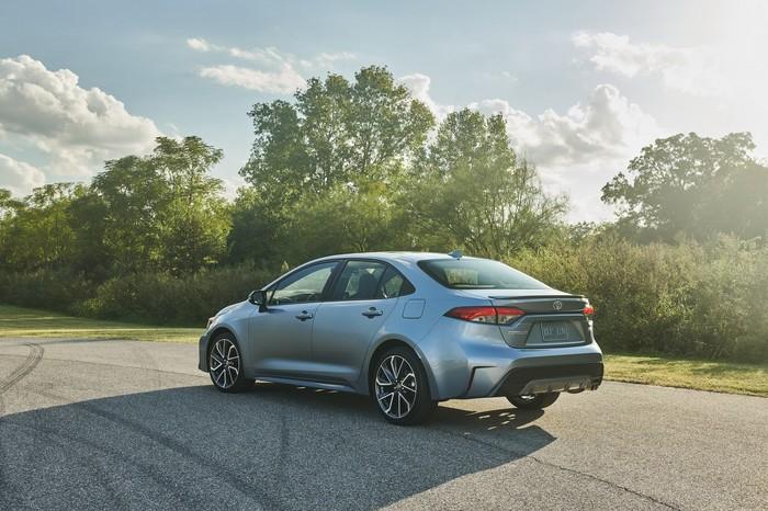 Toyota представила новую Corolla. Авто, Toyota Corolla, Автопремьера, Длиннопост