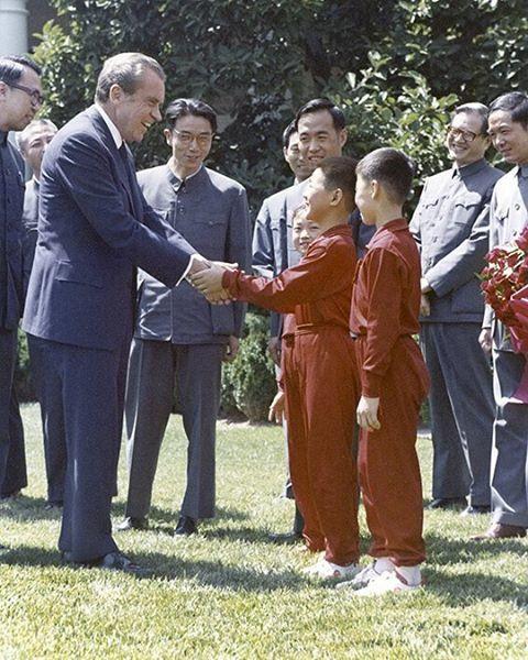 Джет Ли и его телохранители Джет Ли, Ричард Никсон, Джеральд Форд, Ушу, Китай, США, Холодная война, Длиннопост