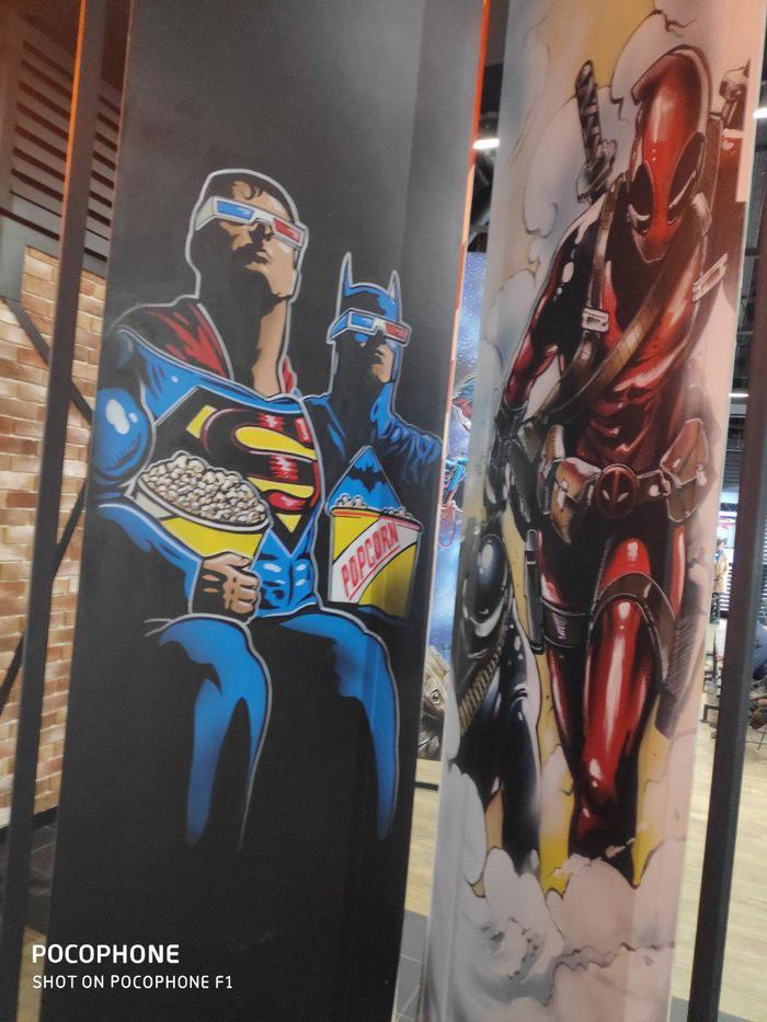 Герои марвел и дс. Выставка. Marvel, DC, Бэтмен, Джокер, Стэн Ли, Длиннопост