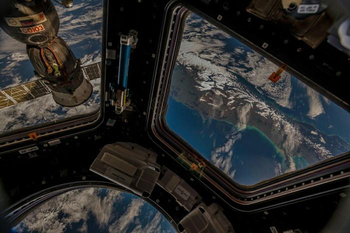 Новая Зеландия, вид с МКС. Фото: Alexander Gerst Новая зеландия, Космос, Космонавт, Астрономия, Фотография, Красота, Природа, Красота природы