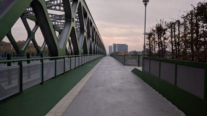 Старый мост в Братиславе Братислава, Словакия, Мост, Видео, Дунай, Путешествия, Европа, Длиннопост