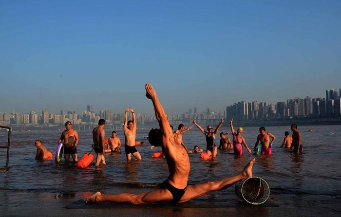 61-летний йог из Чунцина Китай, Здоровье, Йога, Длиннопост