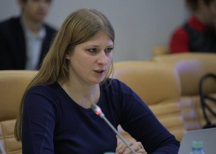 Дарья Андреевна Халтурина - инициатор введения акцизов на колбасу. Список должностей, более бесполезного человека нужно поискать!!!