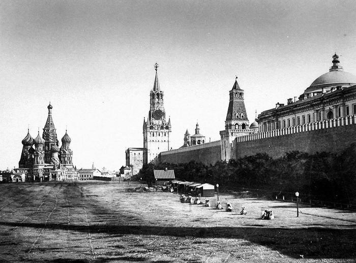 Одна из самых старых фотографий Красной площади, Москва, 1856 год.