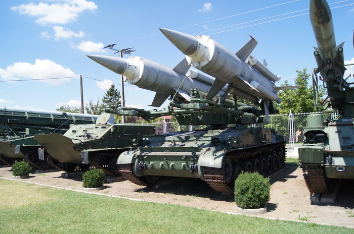 2П24 — советская самоходная пусковая установка ЗРК 2К11 «Круг». Венгрия, Длиннопост, Вооружение, СССР, Пво, ЗРК Круг