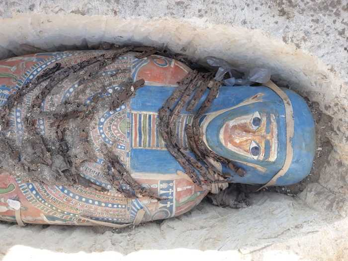 Археологи обнаружили разноцветные саркофаги с мумиями Археология, Находка, Саркофаг, Мумия, Длиннопост