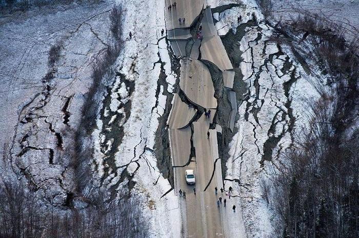 Тем временем... Аляска после 7ми бального землетрясения Аляска, Землетрясение