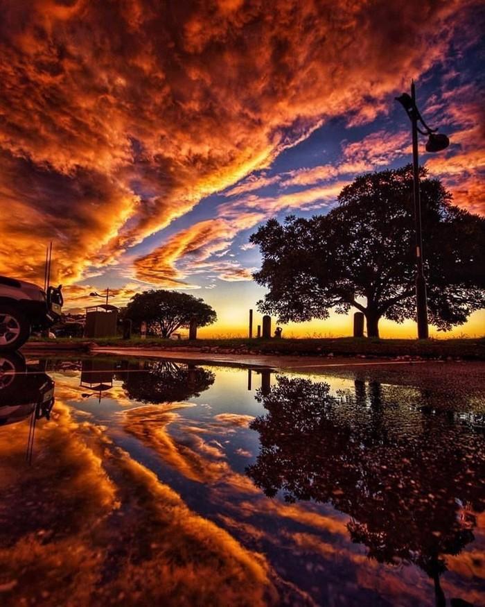 Закат после шторма. Квинсленд, Австралия