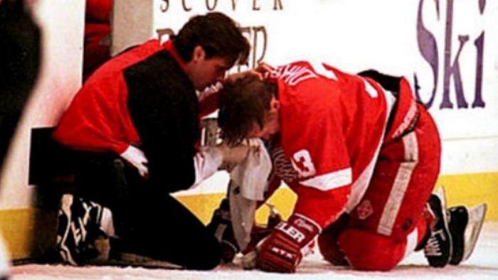 """""""Шэнахан влетел в Руа, и оба взмыли в воздух"""". Самая кровавая бойня в НХЛ. Хоккей, НХЛ, Даррен МакКарти, Длиннопост"""