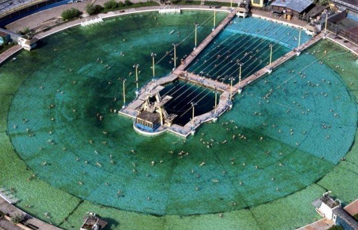 Самый большой бассейн в СССР, построенный на месте взорванного храма Христа Спасителя (6 фото) СССР, Бассейн, Москва, Храм, Христа, Длиннопост