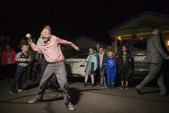В США 9-летний мальчик отстоял право играть в снежки после 100-летнего запрета Снежки, США, Америка, Молодец, Закон, Новости