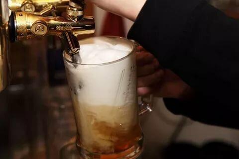 Почему лучше никогда не покупать разливное пиво? Тайны пивных точек Пиво, Обман, Длиннопост