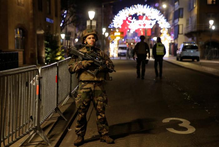 "Стрельба на ярмарке в Страсбурге: нападавший кричал ""Аллах Акбар!"" Новости, Страсбург, Франция, Теракт, Аллах акбар, Длиннопост"