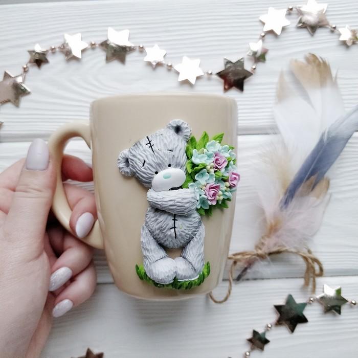 Теддик на кружке) Ручная работа, Кружка с декором, Полимерная глина, Оригинальный подарок, Подарок девушке, Мишка тедди