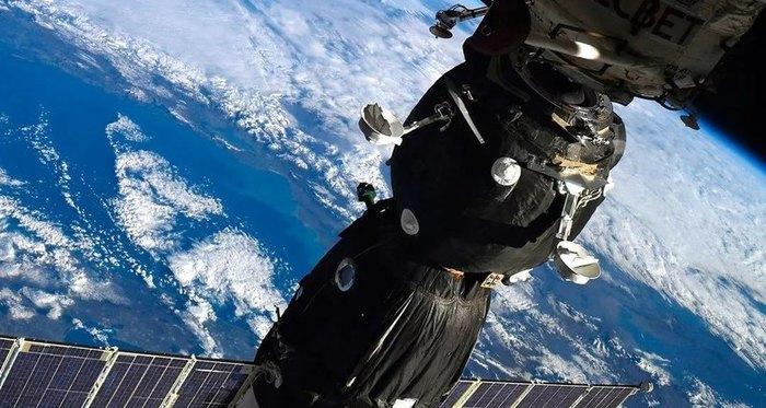 Дырка в «Союзе» может стать секретной Популярная механика, Космос, МКС, Инцидент, Космонавтика
