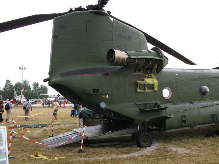 Вертолет СH-47Чинук. Кечкемет.Венгрия. Американские вертолеты, Авиашоу, Кечкемет, Венгрия, Длиннопост