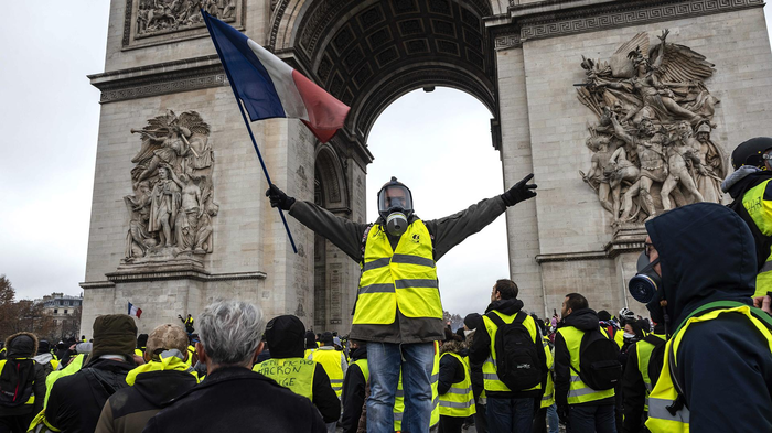 В разгар протестов во Франции полицейские начинают забастовку Новости, Франция, Желтые жилеты, Протест, Полиция, Профсоюз, Забастовка, Политика