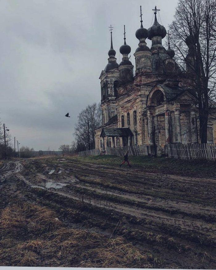 Былое величие Тверская область, Синево-Дуброво, Храм, Безысходность, Разруха, Скрепы, Духовность