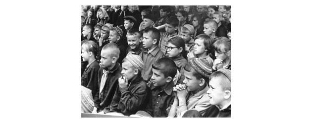 История первой пионерки-орденоносца из Таджикистана.Почему до и после ВОВ была детская мода на тюбетейки. История СССР, Девочка, Передовики, Сталин, Длиннопост, Таджикистан, История, Великая Отечественная война
