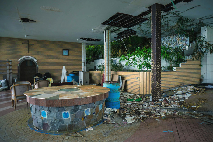 Заброшенный отель в японии Япония, Эстетика ебеней, Заброшенное, Отель, Фотография, Длиннопост