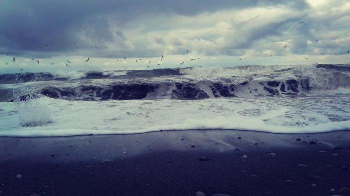 Серое море