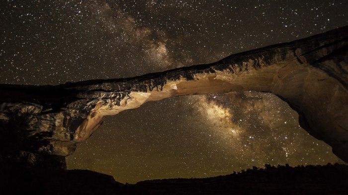 Арка и Млечный Путь