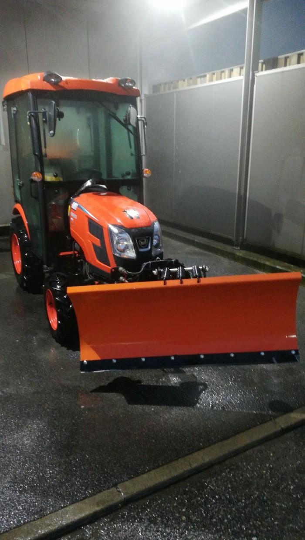 Как чистят снег в Австрии Уборка снега, Австрия, Вена, Трактор, Работа, Длиннопост