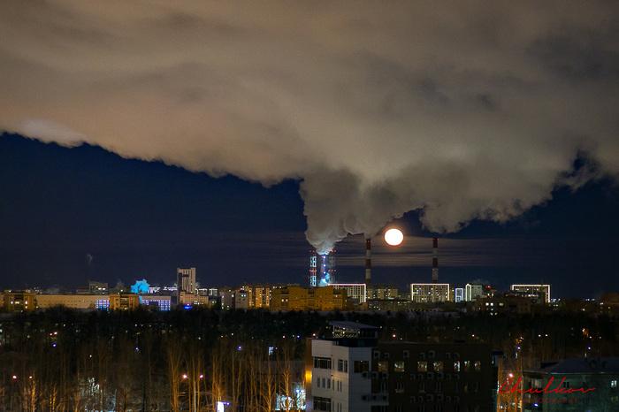 Луна в трубах Тюмень, Луна, Ночь, Мороз, Ночной город