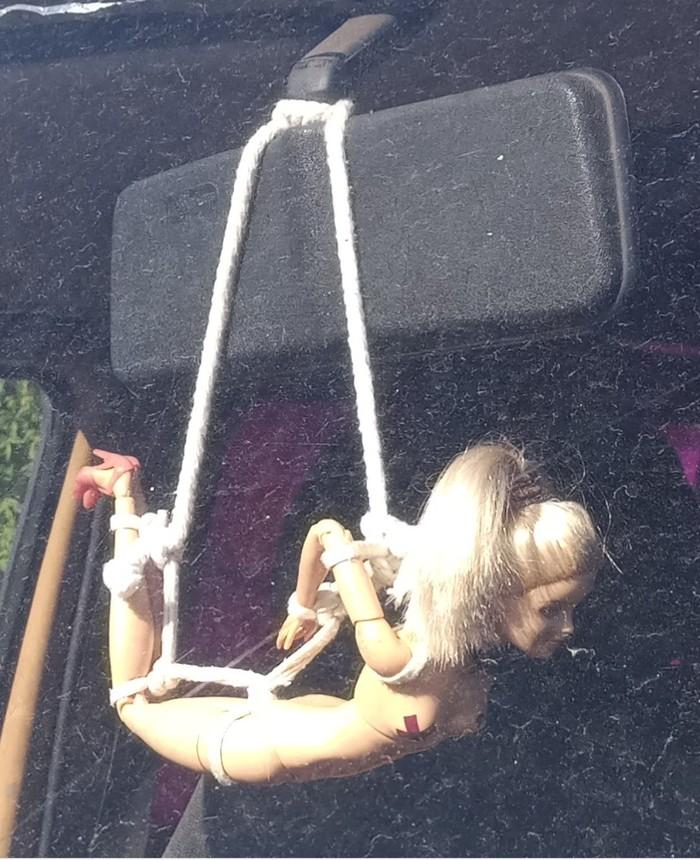 Взрослые иногда тоже играют в куклы Кукла, Аксессуары, Машина, Связывание, Бондаж, Shibari