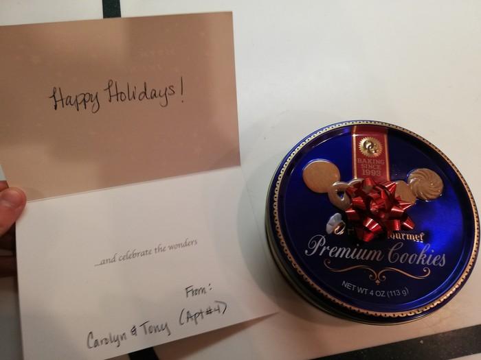 Приятные соседи Рождество, Соседи, Добро