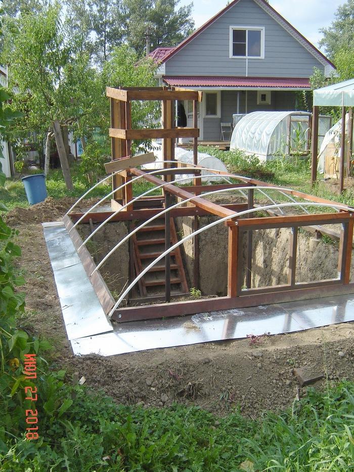 Как построить заглубленную теплицу теплицы, устанавливается, сделано, чтобы, торцы, только, регулироваться, длине, трубы, наклона, поликарбонат, почти, периметр, бетонируются, помелочам, работы, приватизированный, котором, хотите, рассказать