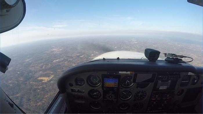 """Как добить себя, летая по уровню айфона (если вы еще не убили себя полётом по """"стакану с водой""""). Авиация, США, Авиагоризонт, Iphone, Гражданская авиация, Гифка, Видео, Длиннопост"""