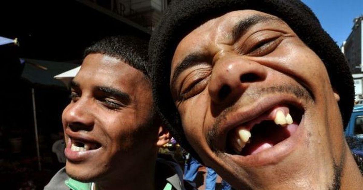 участием женщин-гладиаторов улыбка без зубов фото смешные если