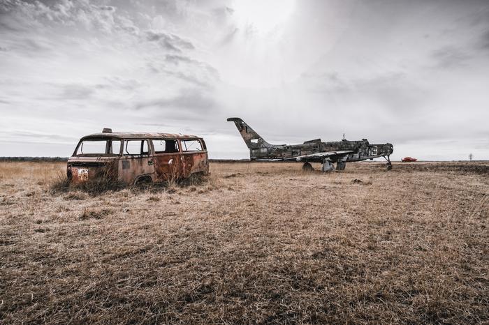 Заброшенные самолеты и автомобили в Бельгии Заброшенное, Военная техника, Забугорныйурбан, Бельгия, Длиннопост