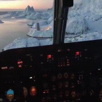 Взлётно-посадочная полоса аэропорта Маниитсок в Гренландии. Самолет, Аэропорт, Лётчик-Ас, Гренландия, Сложные условия, Гифка, Видео