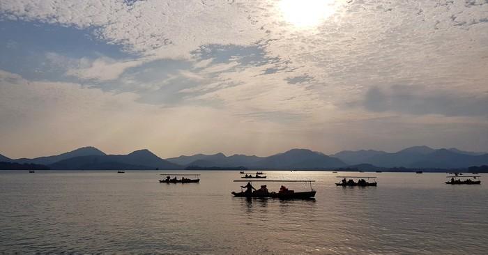 Озеро Сиху (Ханчжоу, Китай)