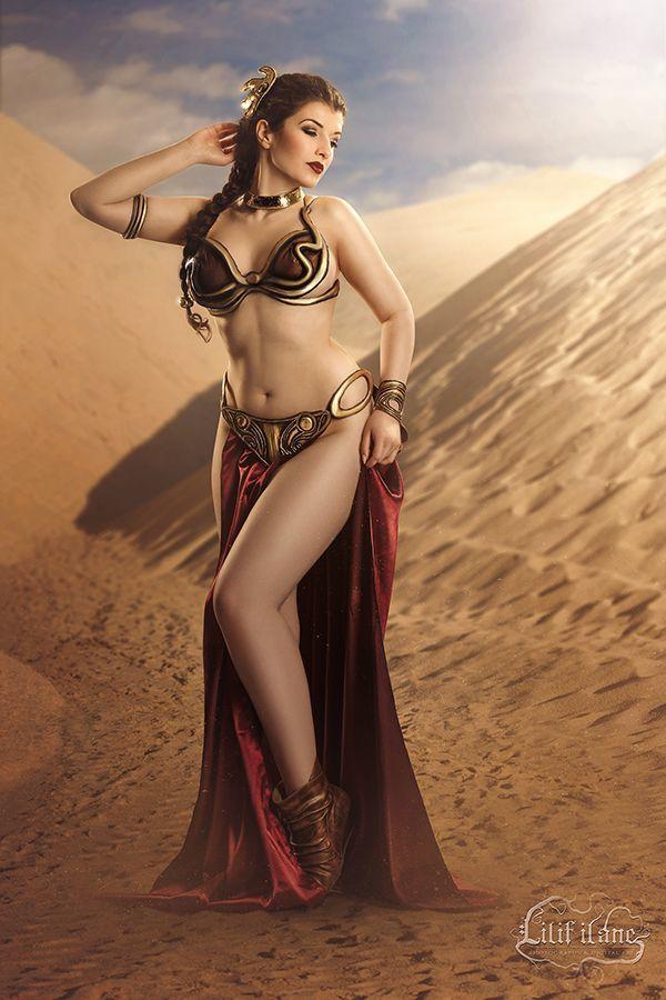 Slave Leia [Star Wars] <La Esmeralda>