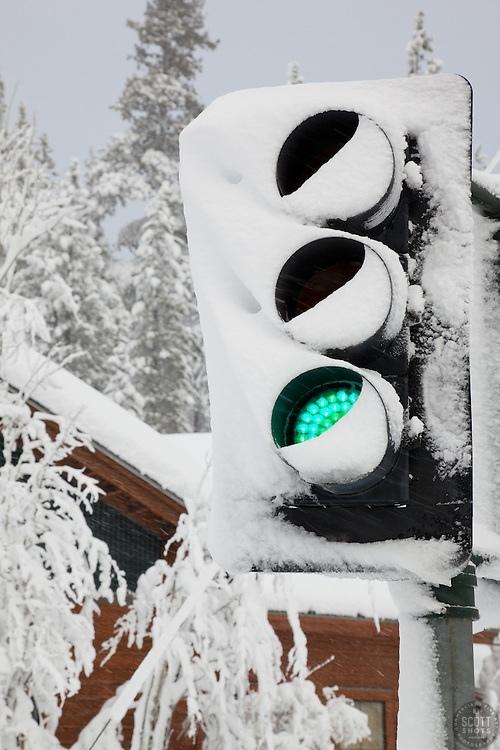ОбLEDенение Экология, Светодиоды, Зима, Экосфера, Снег, Длиннопост, LED, Светофор, Энергоэффективность