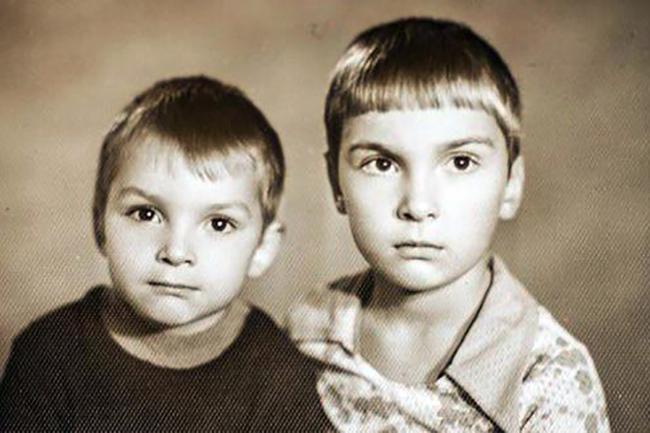 """Михаил Горшенев """"Горшок""""( Король и Шут) со своим братом Алексеем Горшеневым """"Ягода"""" (Кукрыниксы)"""