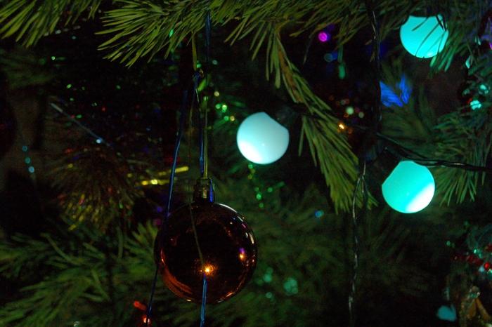Новогоднее настроение Елочные игрушки, Новый Год, Гирлянда