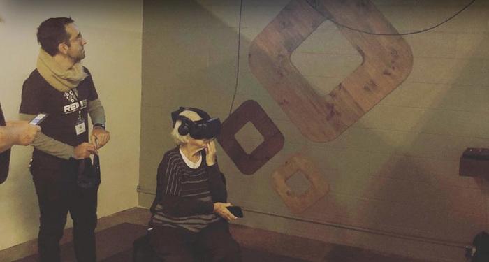 Бабушка и виртуальная реальность Виртуальная реальность, Слепота, Перевод, Reddit